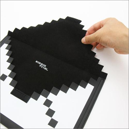 フウビの男性向け人気ギフト雑貨・おしゃれなドット絵のiPadケース8-BIT SLEEVE