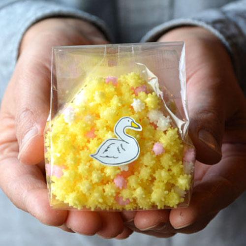 世界でたった1店だけが作る貴重なお菓子!金平糖みたいな見た目の「浮き星」