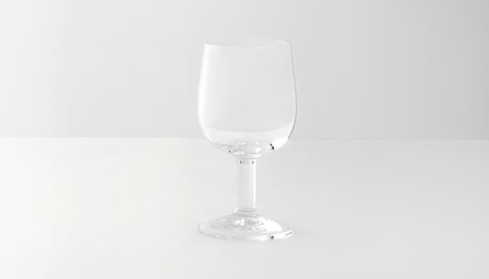 threetoneの小さめのワイングラス