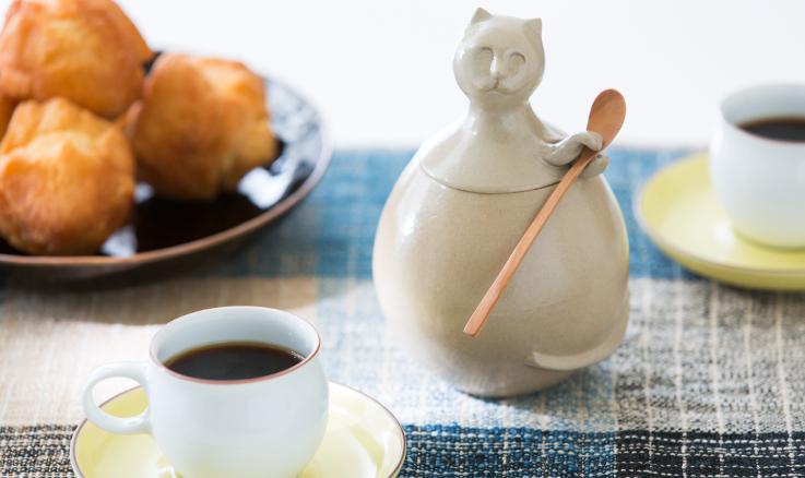 琉Q山猫のやちむんときび砂糖