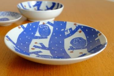 フクロウの七寸皿