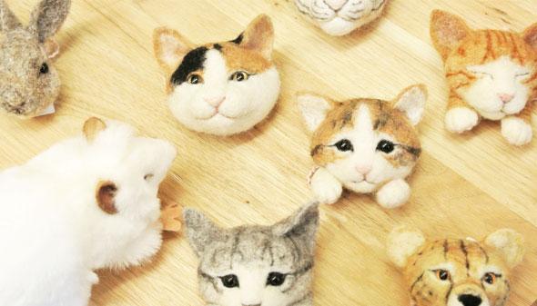 TENYNEOのネコのリアルフェイスブローチ