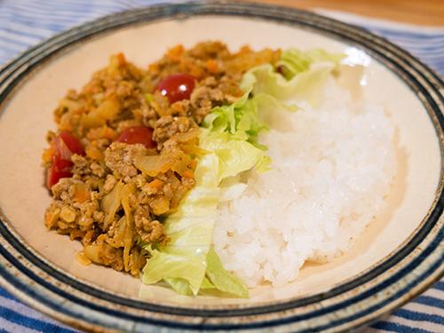 <br /> 家カレーを超えた!山羊印スパイスのカレー粉で夏野菜カレーを作ってみた
