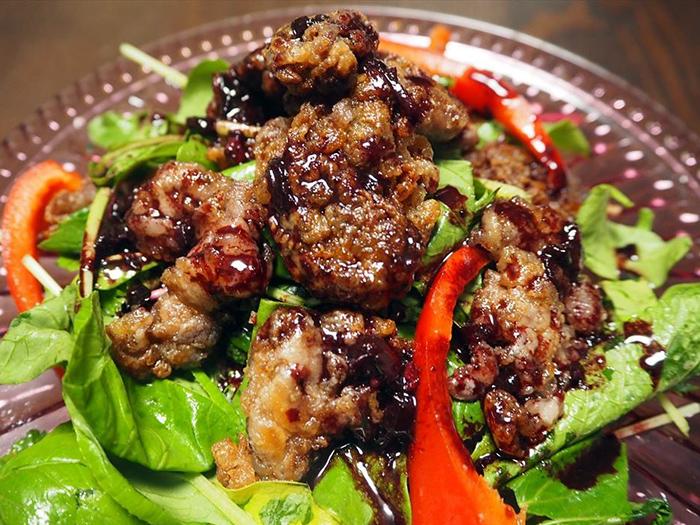 薄切り肉がひと手間でパーティー料理に!? 牛肉の赤ワインソースMALICE MIZER風とは