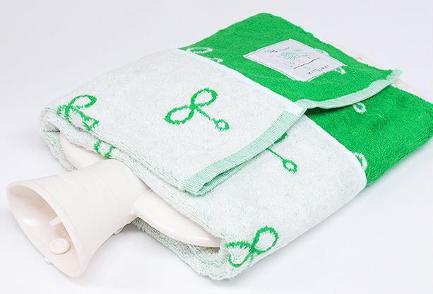 竹繊維を使った「バンブータオル」はひんやりとして夏場に快適。
