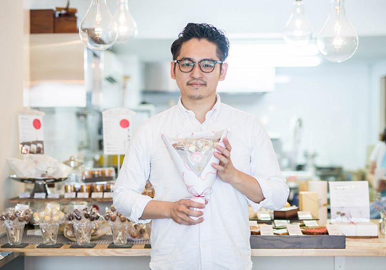 「この活動がきっと宝になる!」銀座の一流レストラン出身者が屋台から始めた洋菓子店「NOAKE TOKYO」の話