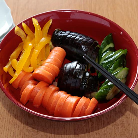 おうちでカンタン!12の夏野菜を使った「ぬか漬け」のつくり方、教えます【夏野菜レシピ】